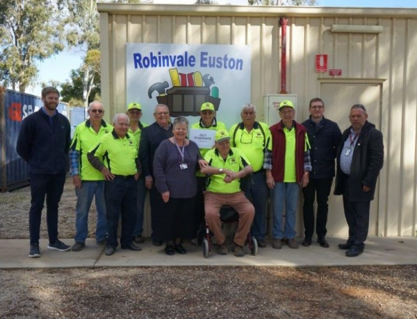 Robinvale Euston Mens Shed and RDHS Recipients of Euston Club 2017 Grants